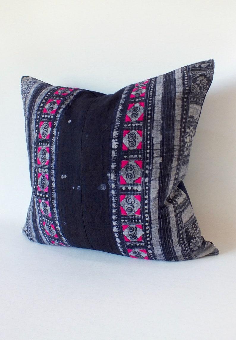 Vintage Farmhouse hemp Tribal Indigo Hand Print Patch Work Pillow Case 20 x 20 Pieces Of Retro Tribal Costume Boro ethnic design cushion