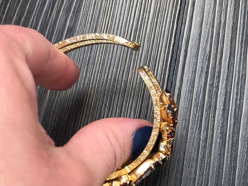 Vintage Juliana Rhinestone Clamper Bracelet Brown Glass Cameo Delizza Elster 1960s Jewelry Gift tor Her