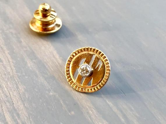 Gold Script Letter L Tie Tack Lapel Pin Mid Century Vintage L Monogram Tie Tack Formal Wear Tie Accessory Mens Womens Fashion Jewelry