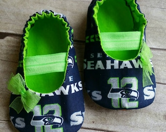 aa81b6c855cc4 Seattle Seahawks Inspired Pink Baby Mary Jane Shoes with Bow | Etsy