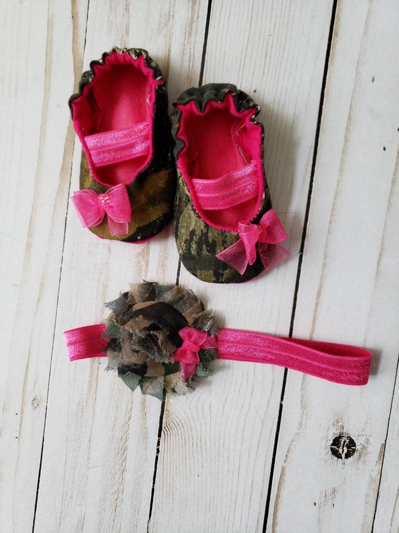 009e8a0d159dd Camo Baby Mary Jane Shoes with matching headband