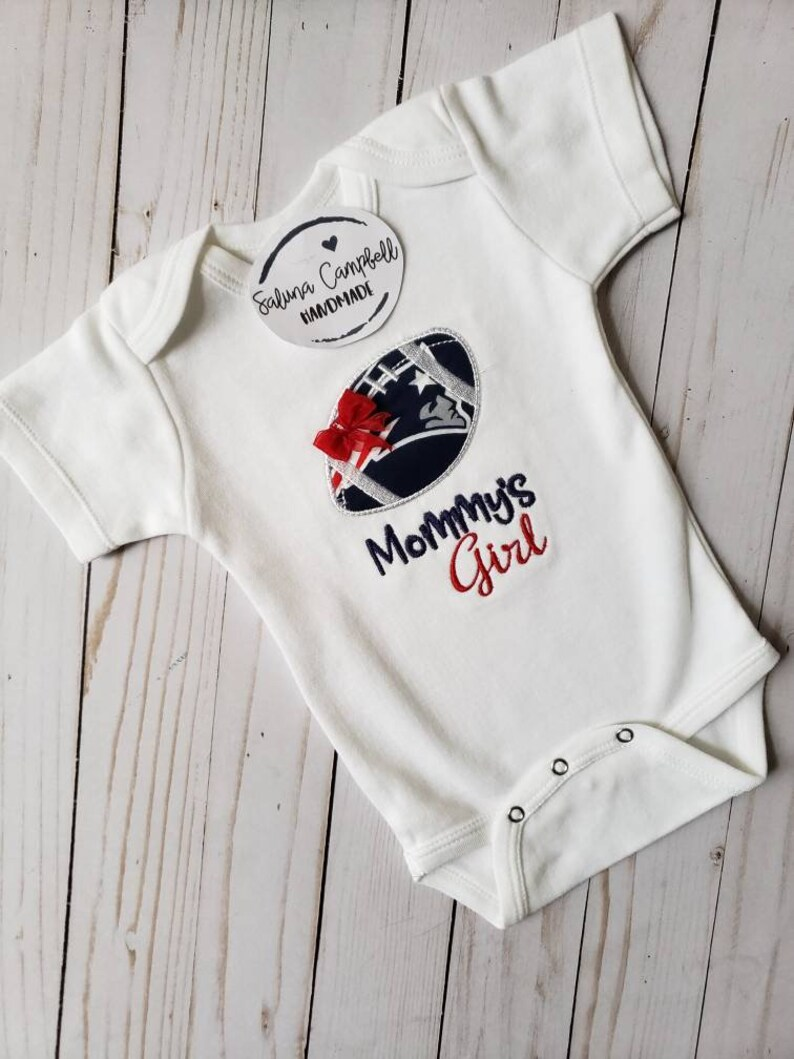 Fan Apparel & Souvenirs Learned New England Patriot's Short Sleeved Bodysuit Girls Size 0-3 Months Tops & T-shirts