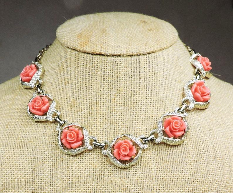 Vintage Rose Necklace Choker