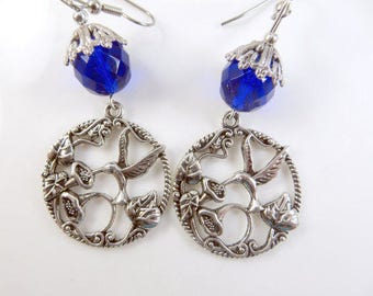 Round hummingbird earrings