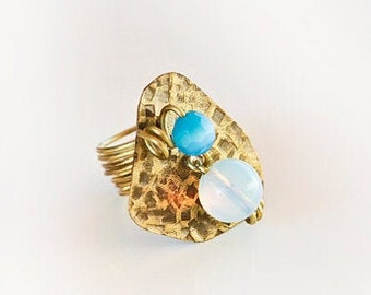 Moon stone- brass ring,hammered brass ,moonstone ,brass wire,unique,lucky charm,cocktail ring,boho fashion,patina,summer ring,blue stone