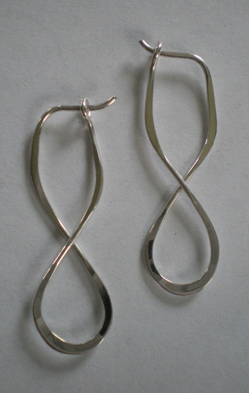 Sterling Silver Figure Eight Infinity Sign Earrings image 0