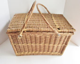 Vintage Picnic Basket Wicker Basket with Handles Made in Poland Summer Picnic