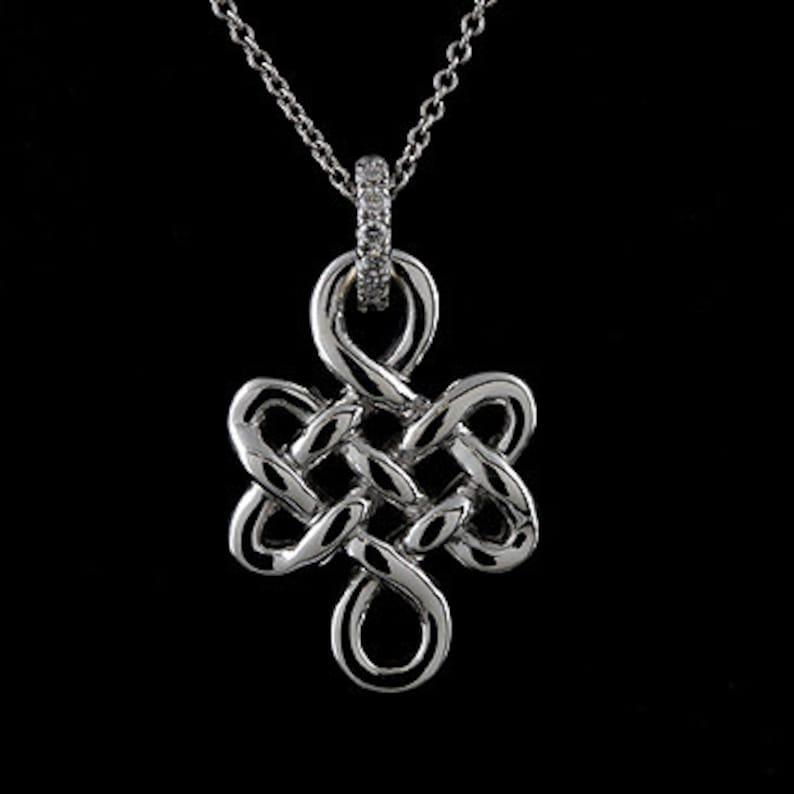 10401f70f5fd Collar de oro símbolo de oro colgante de nudo eterno sin fin