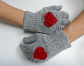 Gray Gloves with Red Hearts, Women Gloves, Knitted Gloves, Christmas Gift, Gift under 25, Gift for her