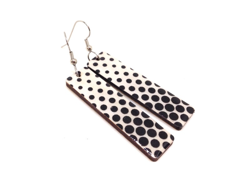 Black and White Earrings Polka Dot  60s retro Geometric image 0
