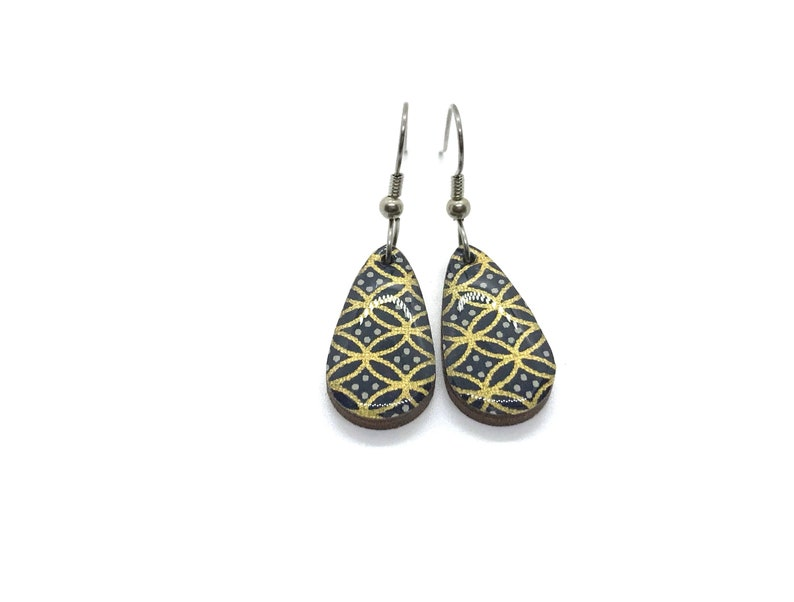 Black and Gold Earrings Geometric pattern Small Drop image 0