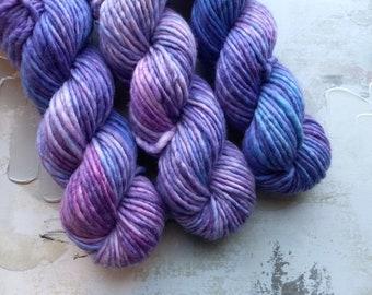 Freestyle Hand dyed Yarn / Handdyed yarn, Bulky Yarn, Wool Yarn, Pink, Purple, Blue - A073 - Bulky Weight - 100g