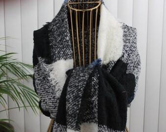 Vintage Shawl Soft Black/White/Blue/Gray