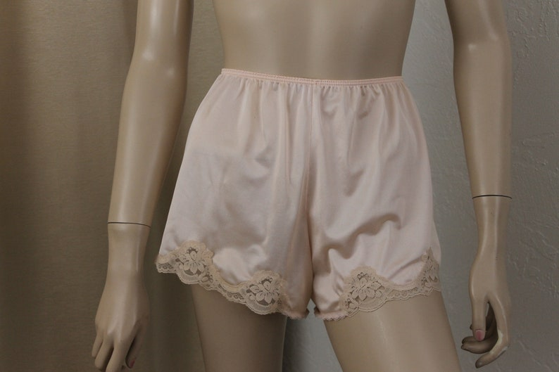 0b333487ee2c Vintage Silky Pink French Knickers Size 6 Sears | Etsy