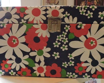 Vintage Sewing Box Granny Chic