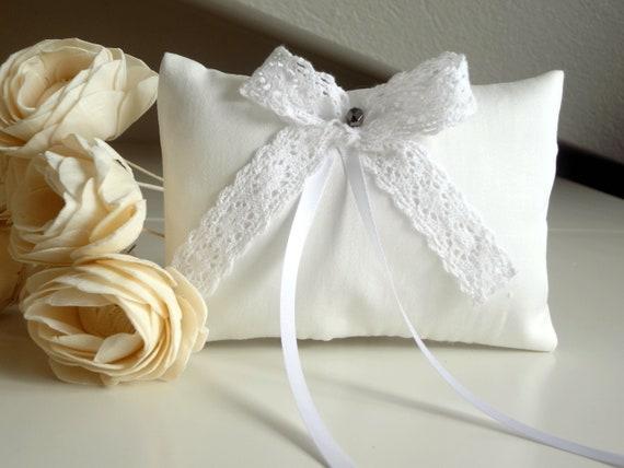 Cuscino Portafedi Bianco E Blu.Cuscino Portafedi Bianco E Fiocco In Pizzo Di Cotone