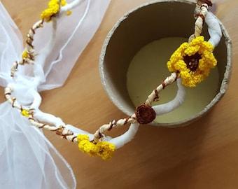 Floral bridal headband,  unique bridal headpiece, wedding headband, handmade daisy headpiece