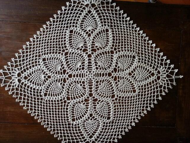 Quadratische Deckchen häkeln Tischtuch Lace Ananas Muster | Etsy