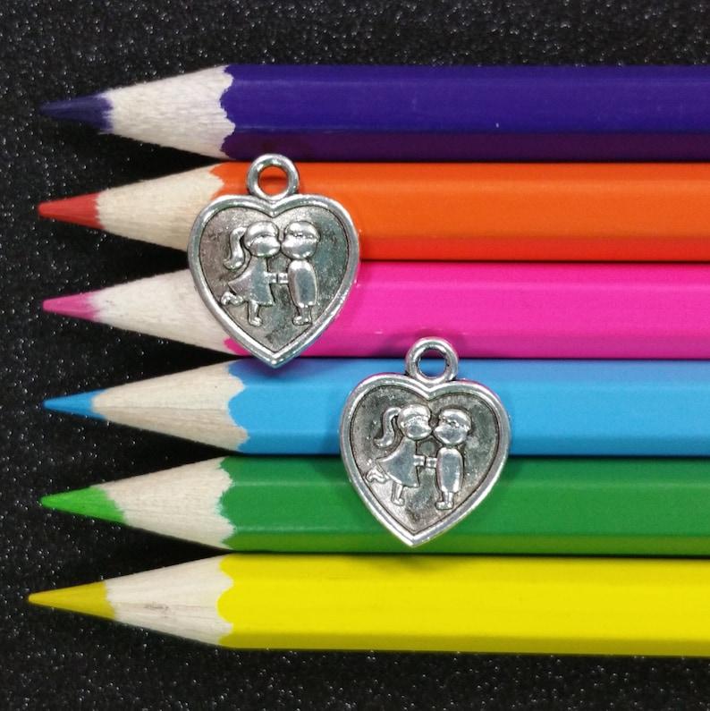 Boy Girl Kissing Love Heart Valentines Silver Charm Pendant C1033 10 PCS
