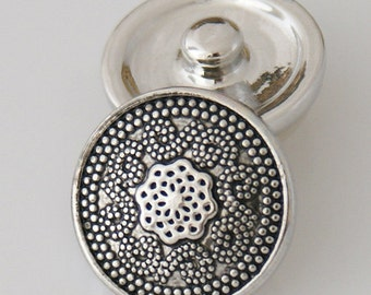1 PC 18MM Simple Flower Silver Candy Snap Charm KB5402 CC0154