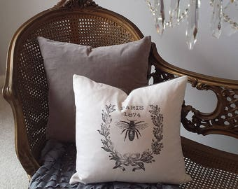 Paris Pillow Cover 1874 Bee Wreath 16X16 Black Cream Print Checks Romantic Shabby Chic Cottage French Farmhouse Decor Throw Pillow Cover