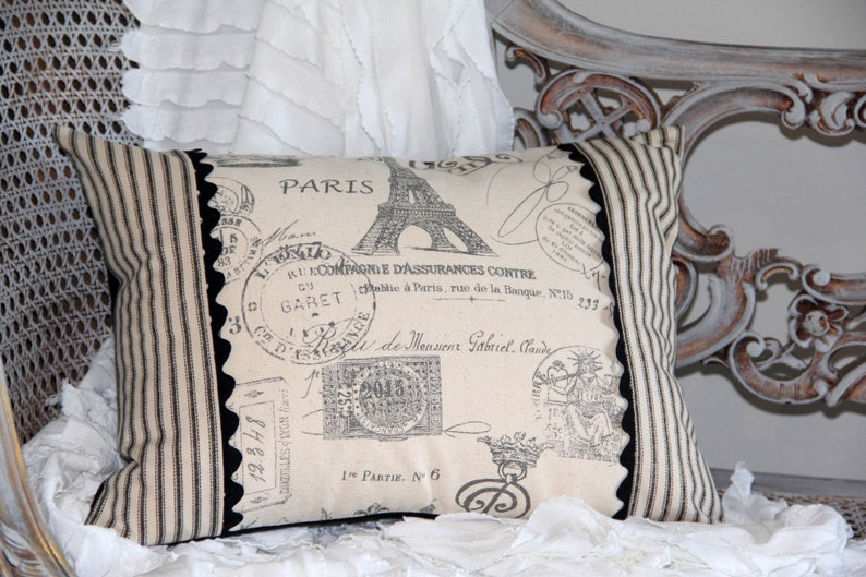 Paris Gray Eiffel Tower French Pillow Cover  12 X 16  Black image 0