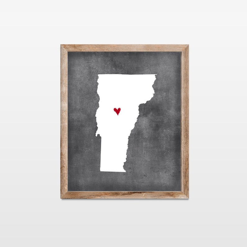 Vermont Chalkboard State Map Art Print. Personalized image 0