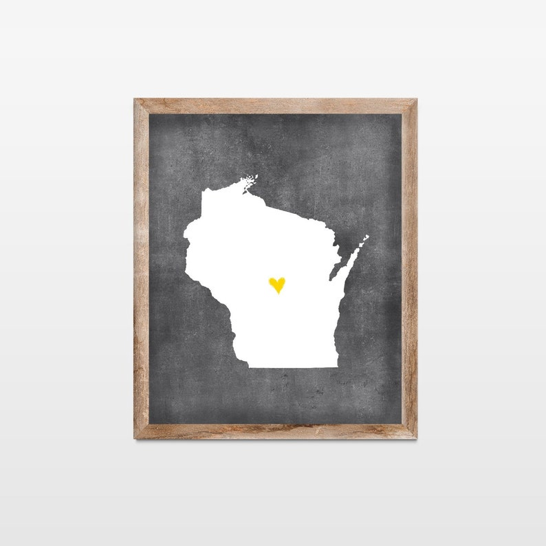 Wisconsin Chalkboard State Map Art Print. Personalized image 0