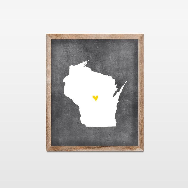 Wisconsin Chalkboard State Map Art Print. Personalized image 0