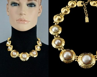 fc044b1fe68 Vintage YVES SAINT LAURENT Ysl Pearl Textured Disc Choker Necklace