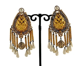 04bfd3f283b48a Vintage CHANEL Baroque Pearl Quilted Roman Numeral Dangling Earrings