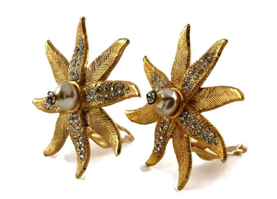 Vintage CLAIRE DEVE Ribbed Flower Pearl Rhineston… - image 1