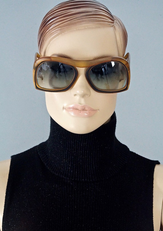 Vintage CHRISTIAN DIOR Bridgeless Space Age Sungla