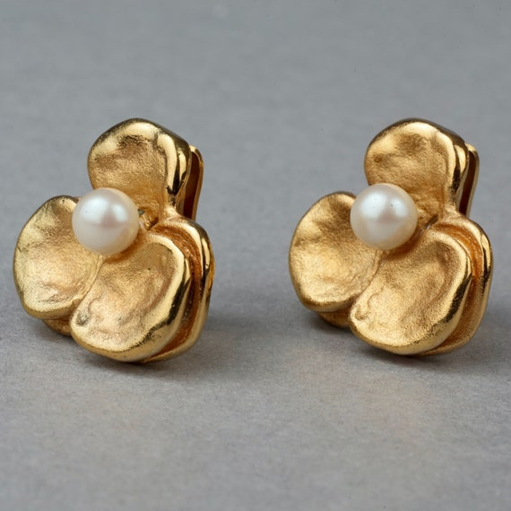 Vintage LANVIN PARIS Flower Pearl Earrings - image 2