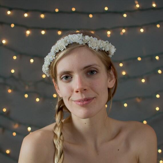 Couronne de fleur mariée ~ fleurs vintage de chapellerie, perles en cristal aurora borealis, boho Couronne, Couronne, couronne de mariée, couronne de mariée bohème