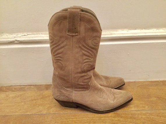 70s taupe suede cowboy boots 5.5