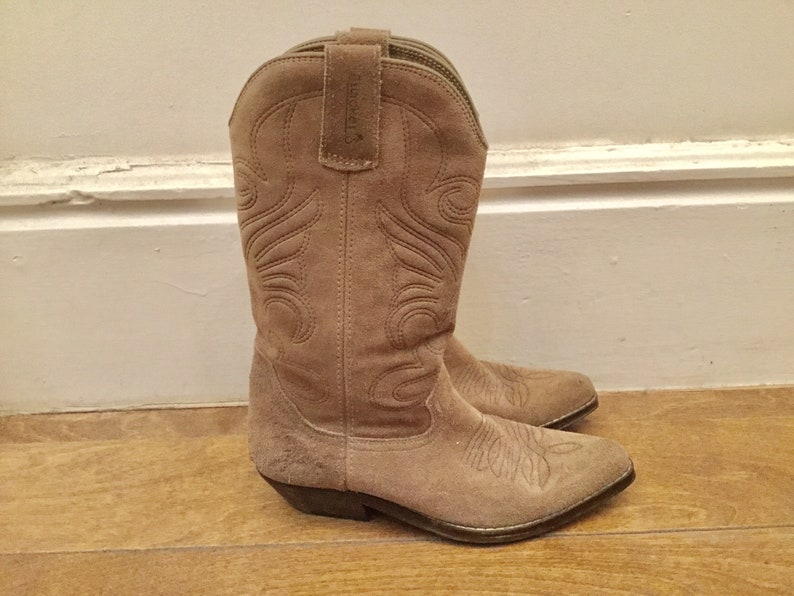 dd04eeab2d72 70s taupe suede cowboy boots 5.5   vintage gray womens western