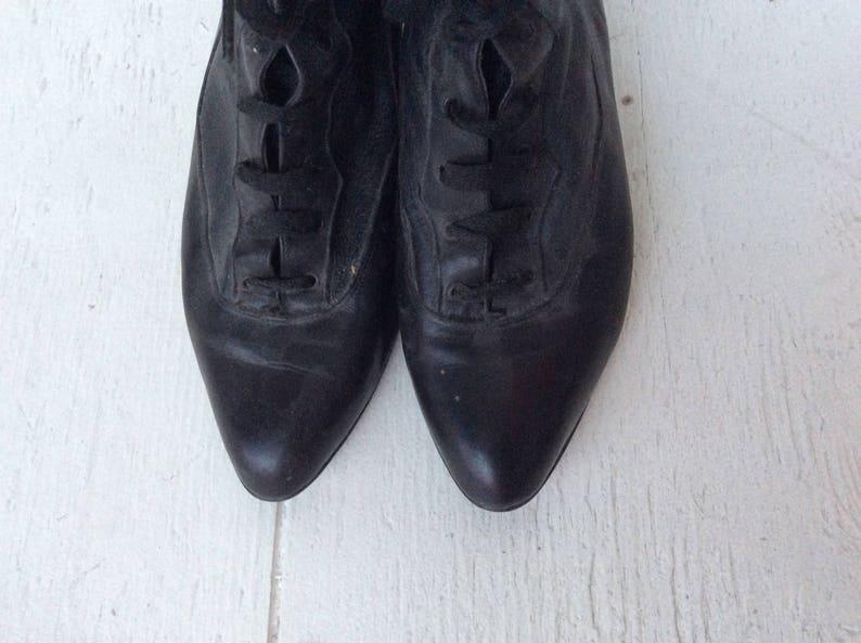 18a3006f014cd Vintage black ankle boots 6.5   90s ALDO sheepskin fur lace up