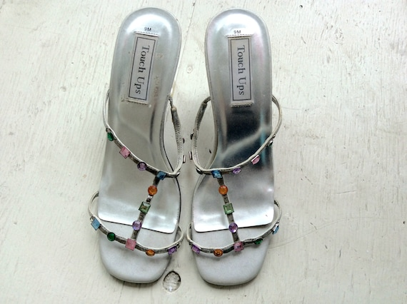 60s MOD Sandals 9 / Jeweled Sandals / T Strap Sand
