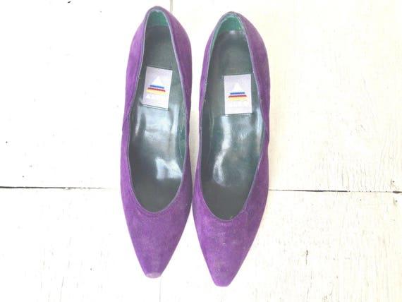 90s purple leather heels / vintage ALDO suede pump