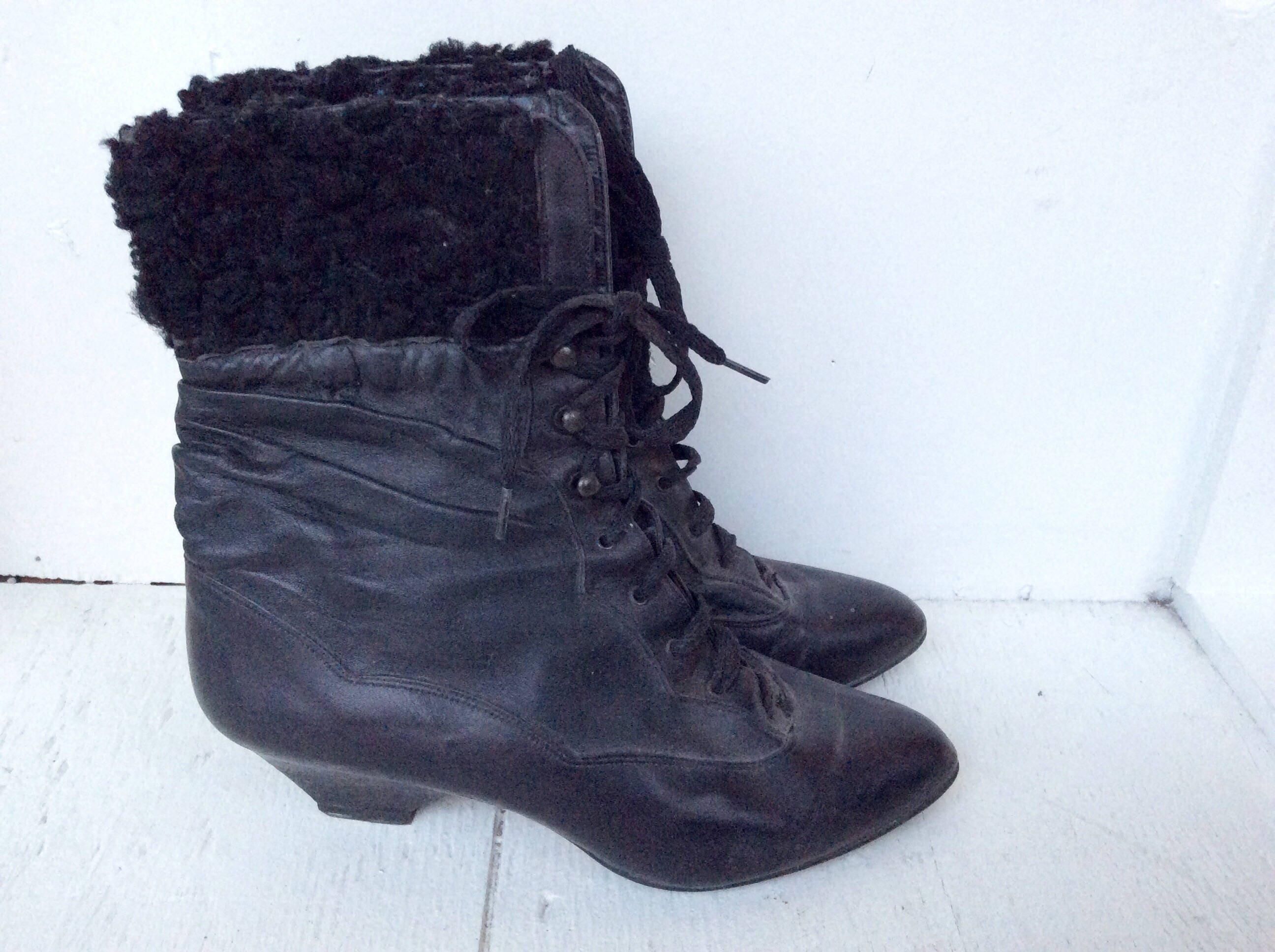 b885f0faa373d Vintage black ankle boots 6.5 / 90s ALDO sheepskin fur lace up | Etsy
