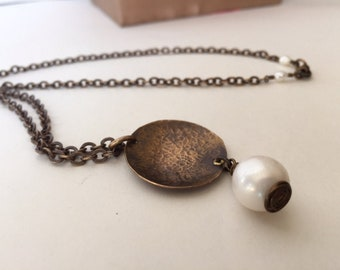 Pearl Necklace, layering necklace, Chain layering, Hammered Brass, Gift for her, Pendant, Rustic Jewelry, June birthstone