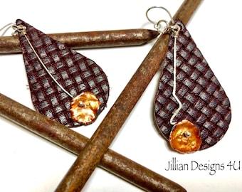 Genuine Leather and pearl earrings, Asymmetrical earrings, Lightweight earrings, Teardrop Dangle earrings, Textured Leather, Jewelry