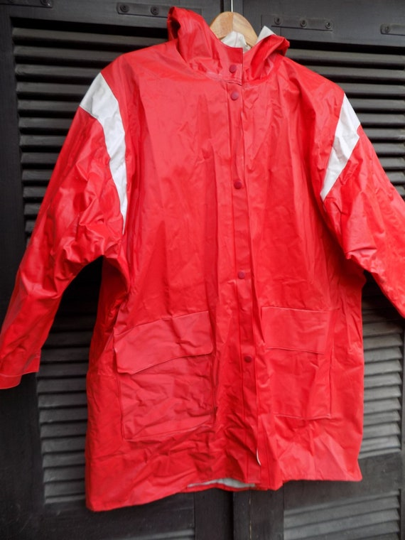 Red Raincoat- Jugoplastika Raincoat, Yugoslavia 19