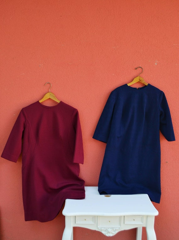 Twin Sisters - Two VNTG cocoon shape 60s Dresses,