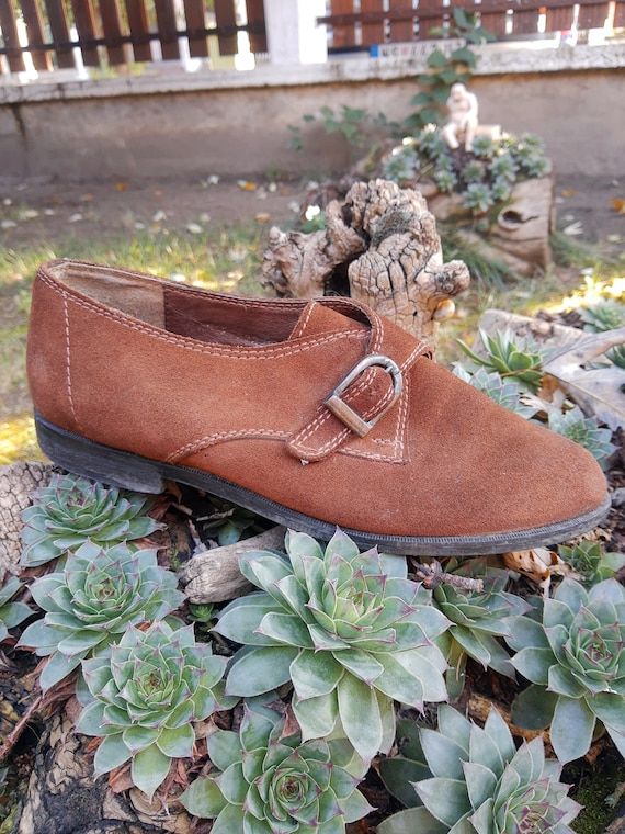 Suede Shoes - Vintage Brown Leather Shoes//Yugosla