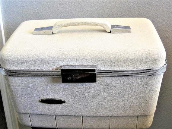 Mid Century Train Case, White Luggage, Travel Display Case, Wedding