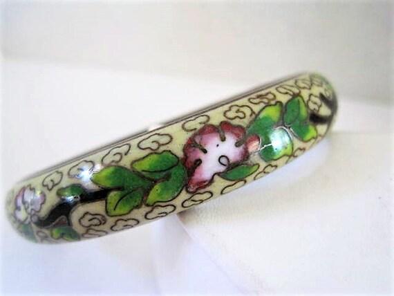Cloisonne Bangle,  White Enamel, Turquoise Inside, Rose Color Flowers, Vintage Cloisonne