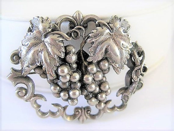 Sterling Grape Brooch, Wine Lovers Delight, Grapes and Leaves, Falling from Edge of Vine Pin