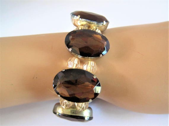 Topaz Cabochon Bracelet, Double Crystal Spacers, Stretch to Fit, any wrist